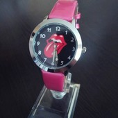 Детские часы с Мультяшками 3 цвета. 100-40