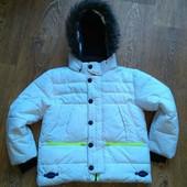 Куртка пуховик зимняя на 7-8 лет