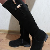 Зимние высокие замшевые сапоги на маленьком каблуке. Распродажа на последний размер!