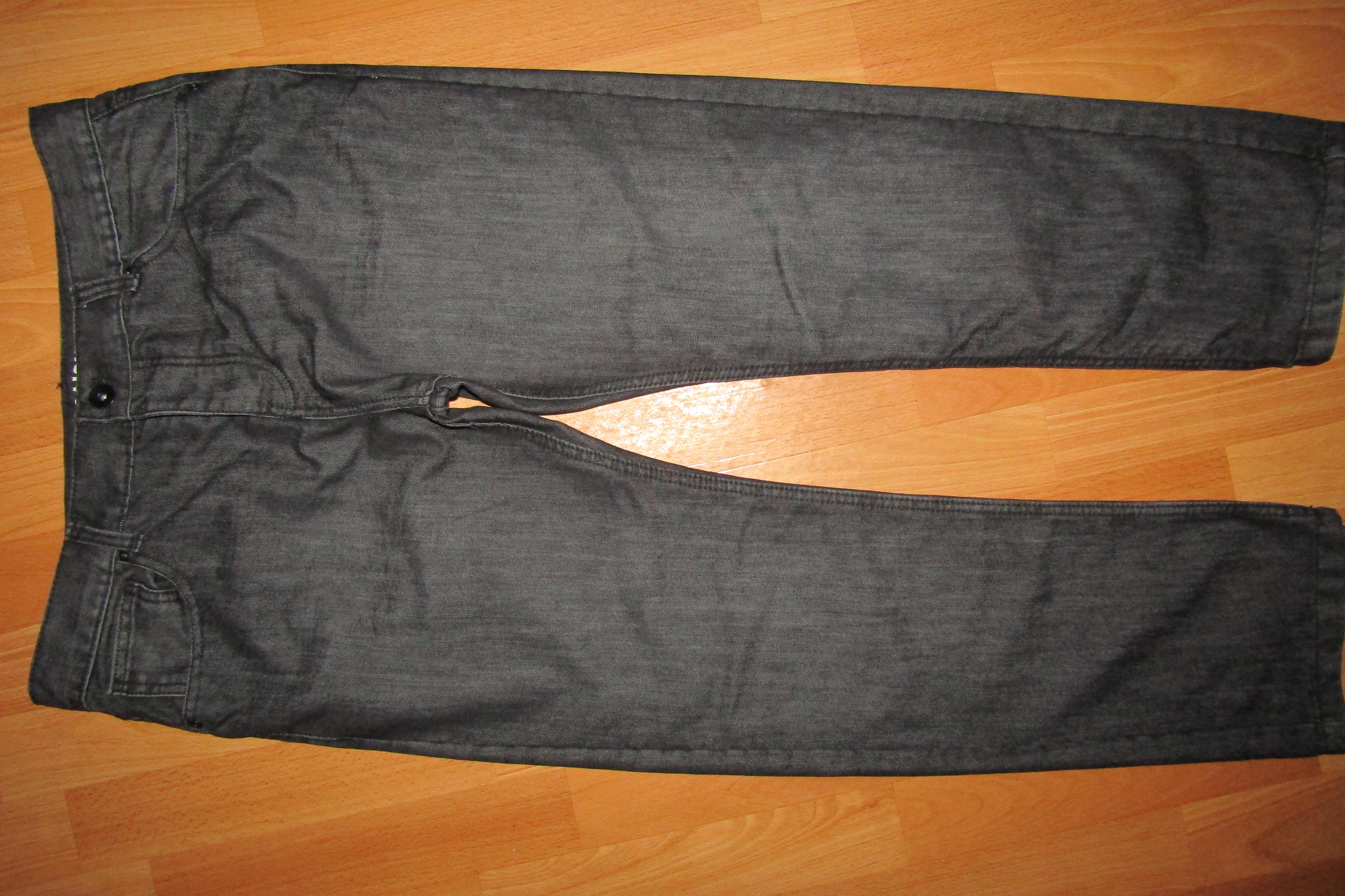 джинсы р-р W 36 L 30 сост новых Straight Denim