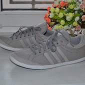 Кроссовки Adidas 41-42 Оригинал