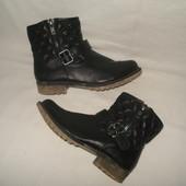 37 р./ 24 см фирменные демисезонные утепленные  ботиночки Graceland