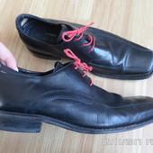 Bata шкіряні туфлі 44р.30см