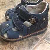 Босоножки сандали фирменные кожанные ортопедические