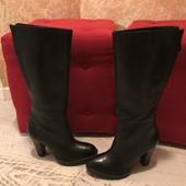 Високі чоботи із натуральної шкіри,від San Marina,розмір 40,стелька 26,5