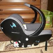 Автомобильное кресло для ребенка от 0 до 12 мес.