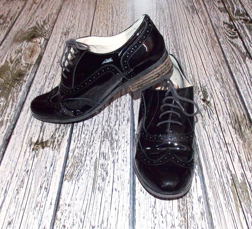Кожаные туфли clarks для девушки, размер 42  (27 см) фото №1
