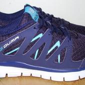 отличные фирменные кроссовки 23.3 см