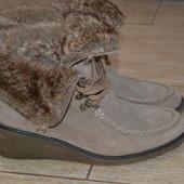 Bama Germany 41р ботинки зимние, кожаные. Танкетка