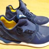 Кроссовки фирменные Adidas tubular р.39-24.5см