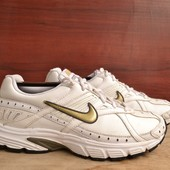 -Nike Xccelerate  -made in Indonesia -размер 40 / 25.5 см -состояние хорошее