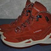 Ботинки для трекинга Lowa (размер 29)