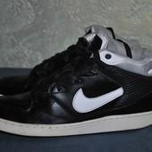 Высокие кроссовки Nike (размер 41)