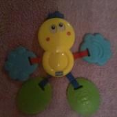 Фирменная игрушка грызунок прорезыватель Chicco