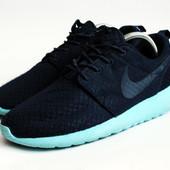 Кроссовки Nike  Roshe One. Стелька 26,5 см