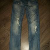 узкие джинсы 31 размер с потертостями new jeans