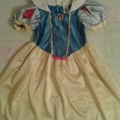 Продам нарядное платье Белоснежка девочке 3-5лет.Disney.