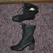 Р. 41 - 27,5 см. Tamaris. Ботинки утепленные. Фирменные, оригинал.
