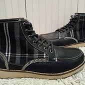 Ботинки із натуральної шкіри на овчині 42, 45 і 46  р-ри.