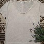 Отличная базовая футболка блуза  разрезами по бокам от Pull&Bear, p. M