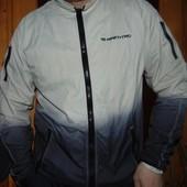 Фирмовая брендовая ультралегкая  стильная курточка ветровка Fishbone.хл л-хл .