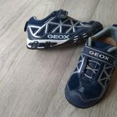 Кожаные кроссовки Geox с мигалками, 16см 25р