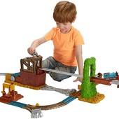 Моторизированная железная дорога томас и друзья побег со свалки Fisher Price