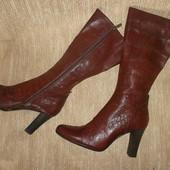 Кожаные высокие сапоги на стопу=26,5 см.