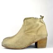 Поделиться:  Ботинки spm 41 р натуральная кожа вторая пара в подарок