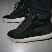 Утепленные ботинки 39р 25см
