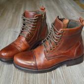 Ботинки, полусапоги Bertie by 1974 London кожа(42)