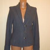 Пиджак шерстяной, букле с вышивкой р.10