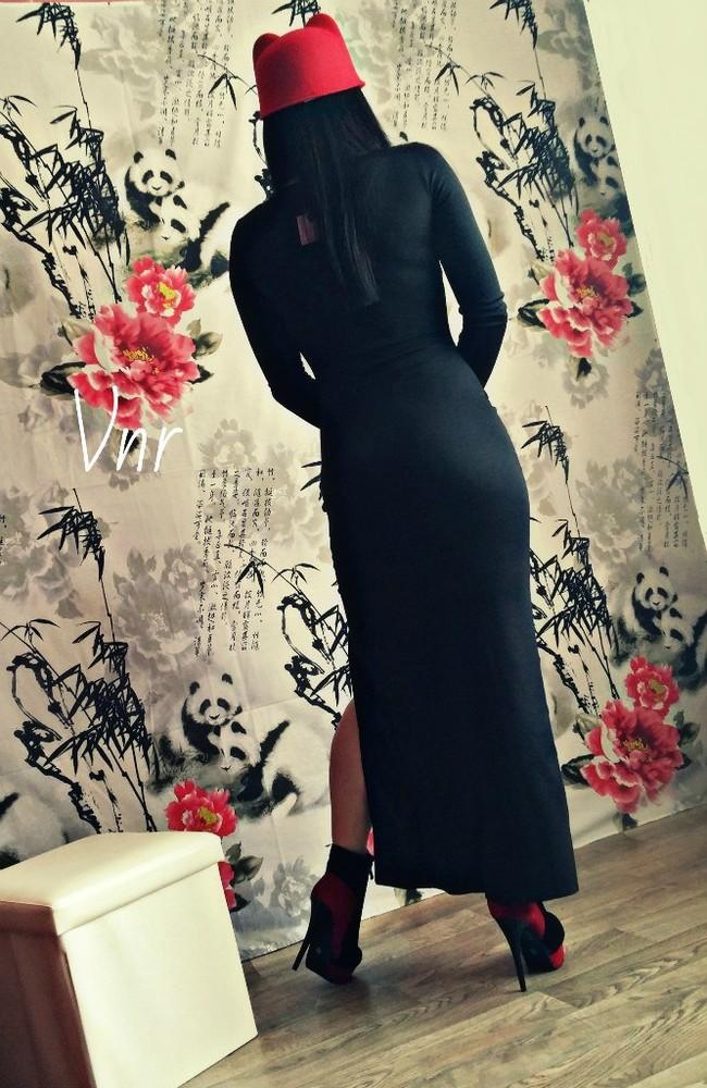 Классическое платье в пол с разрезом 2 цвета фото №6