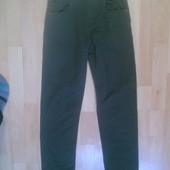 Фирменные слим джинсы 10-11 лет