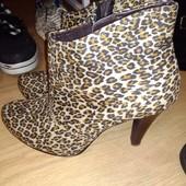 Фирменные ботиночки 41р Tamaris