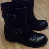 Шикарные кожаные ботинки дорогой фирмы guess 37 размер