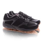 Стильные мужские кроссовки черного цвета