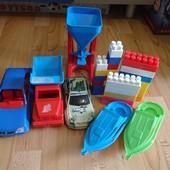 Іграшки все що на фото за все 40 грн.