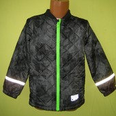 Куртка деми Base camp 122 рост, в отличном состоянии, стеганая, 1 слой синтепона. Рук от плеча - 41