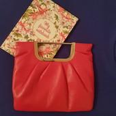 Стильная сумочка для малышки