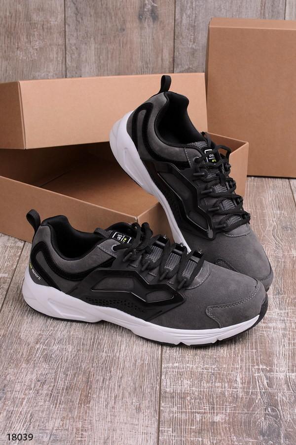 Мужские кроссовки серого цвета фото №1