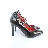 Лаковые туфли лодочки с пояском с жемчугом 35-40р
