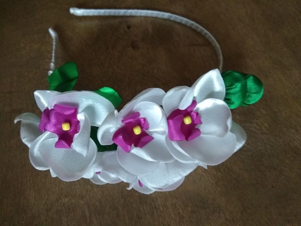 """Обруч """"орхидея"""" ручной работы,  веночек,  цветы из лент фото №1"""