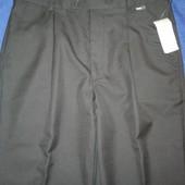Мужские костюмные брюки. Новые. Размер М-L (48-50)