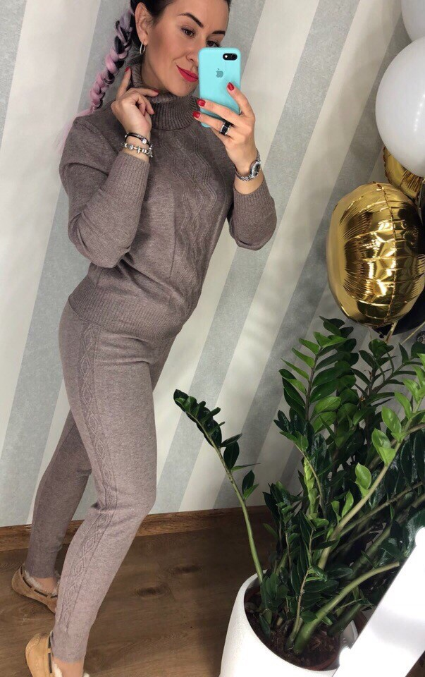 Женский вязаный костюм  фото №1