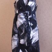 Фирменное платье с девольте на 50-52 размер новое