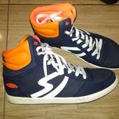 Фирменные кеды /ботинки 43 р Sneakers. Стелька 28
