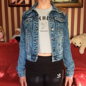 Джинсовый пиджак .На 10-13 лет