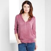 Свободная блузка в непринужденном стиле с оригинальным эффектом потертости от Tchibo