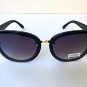 Женские солнцезащитные очки чёрные 0039